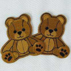 Vyšívaní medvědi
